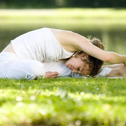 Yoga au domaine du lac de soursac durant vos vacances d'été - Corrèze
